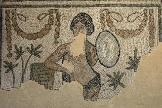 Cultura italia il museo della citt di rimini apre l 39 ala archeologica trento celebra l 39 arte - Venere allo specchio ...