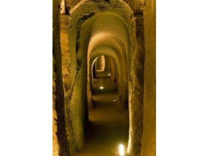 Cultura Italia: Storia e leggende nei sotterranei di Osimo